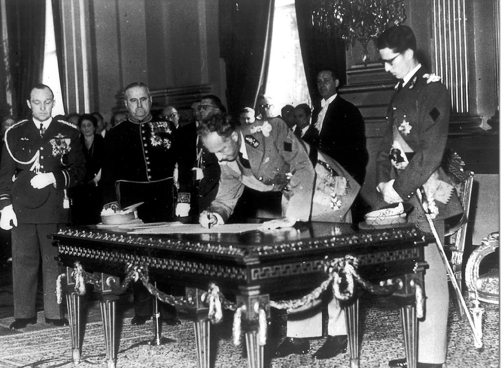 Abdication of Léopold III (16 July 1951)