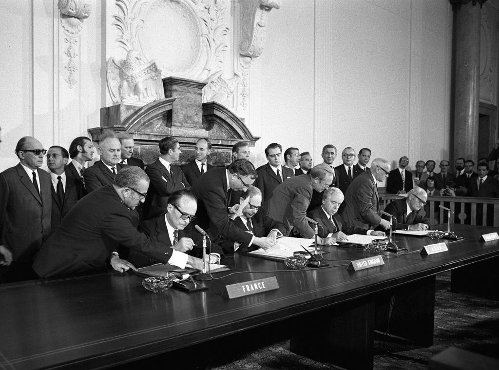 Signature de l'accord quadripartite sur Berlin (3 septembre 1971)