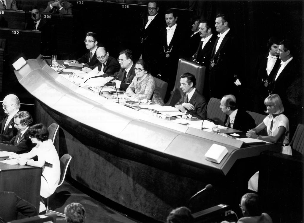 Simone Veil chairing the first sitting of the European Parliament elected by direct universal suffrage (Strasbourg, July 1979)