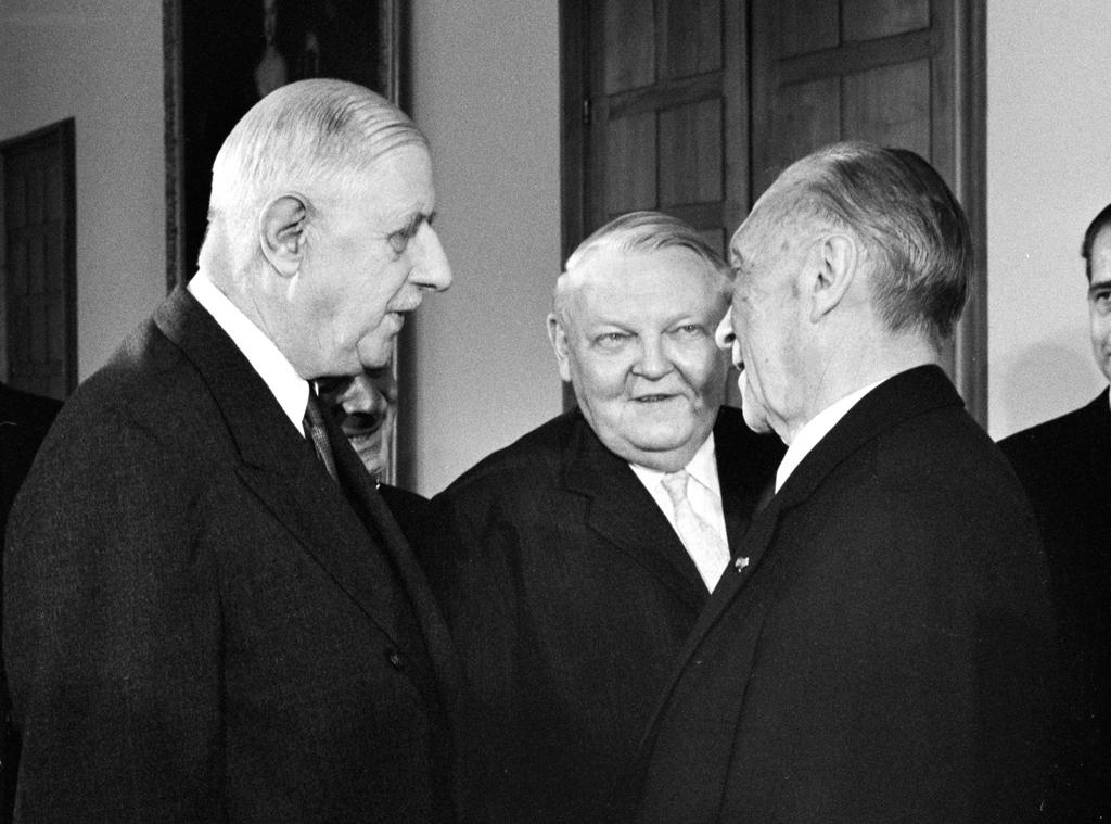 konrad adenauer ludwig erhard et charles de gaulle bonn 21 juillet 1965 cvce website. Black Bedroom Furniture Sets. Home Design Ideas