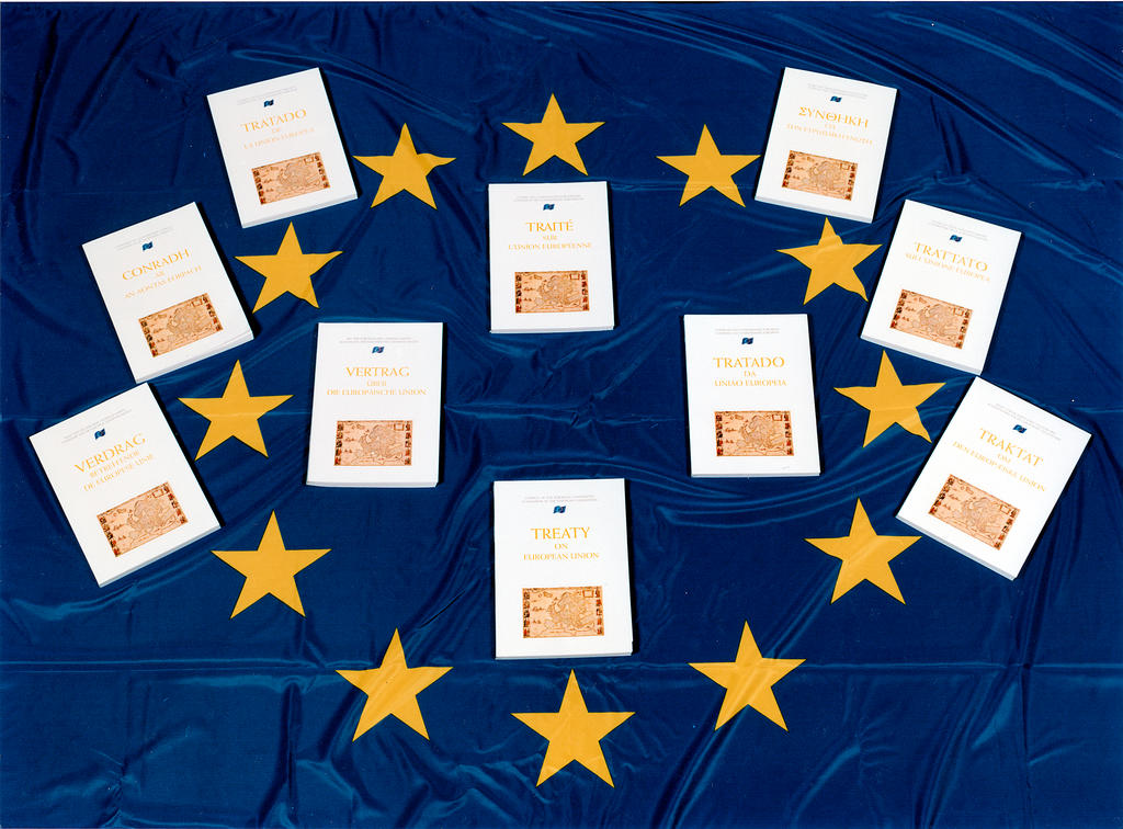 Symbolic photo showing the Treaty of Maastricht in the 10 official languages of the EU