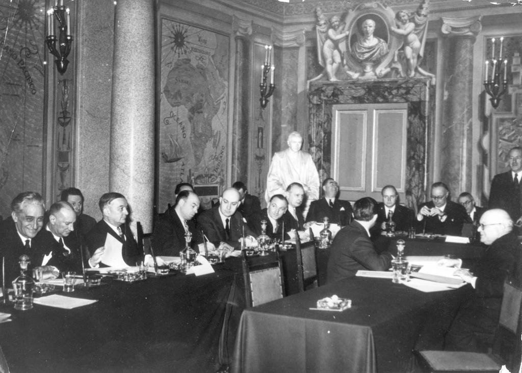 A meeting about the EDC (Rome, 25 February 1953)