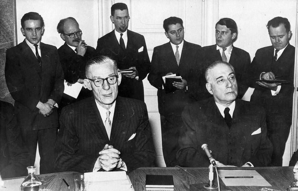 Transfer of powers from René Mayer to Paul Finet