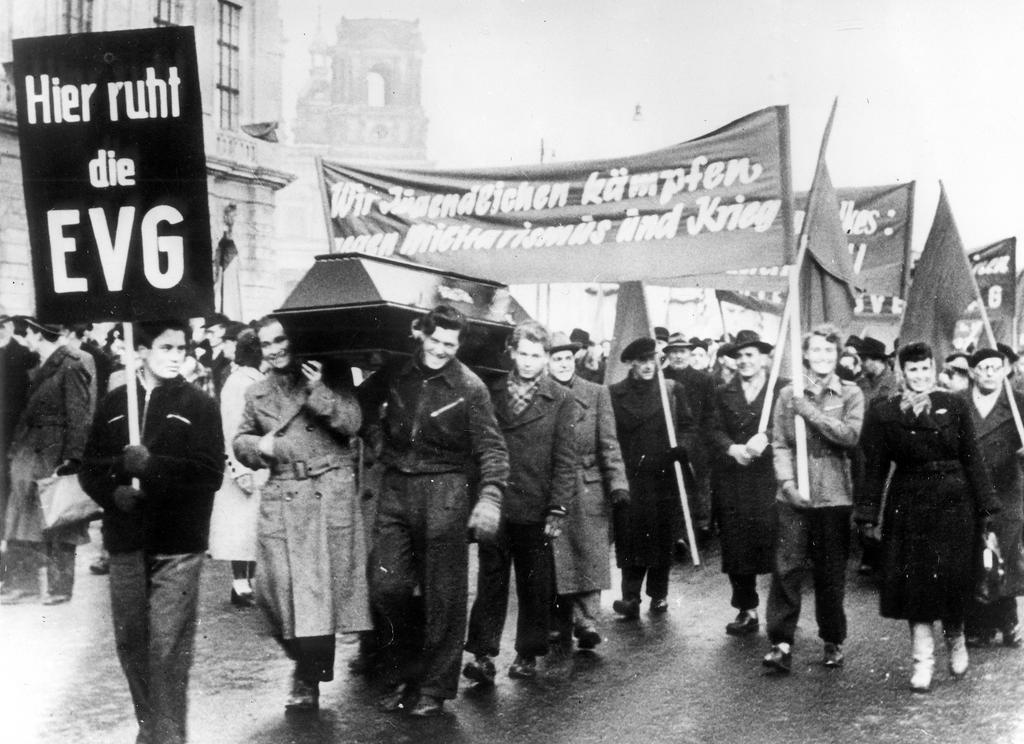 Demonstration against the EDC (East Berlin, 23 February 1954)
