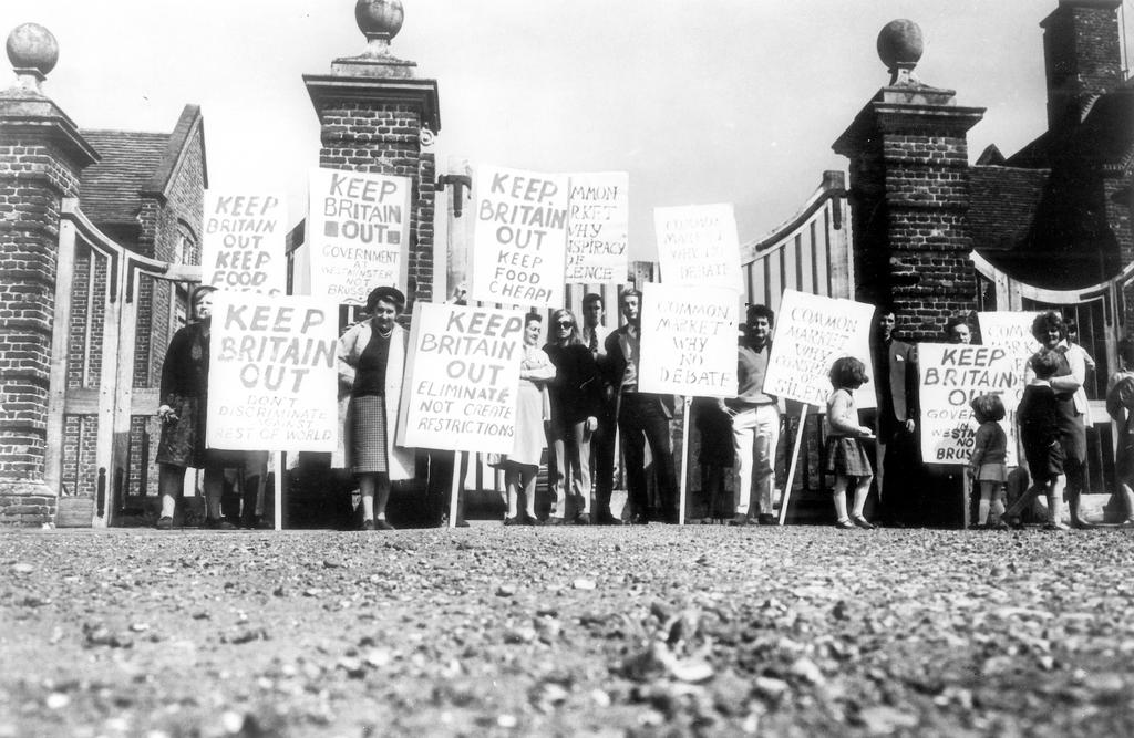 Demonstration against the United Kingdom joining the EEC (1967)