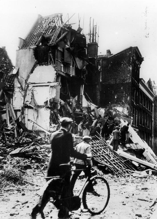 Destruction in the Netherlands (Amsterdam, 1940)