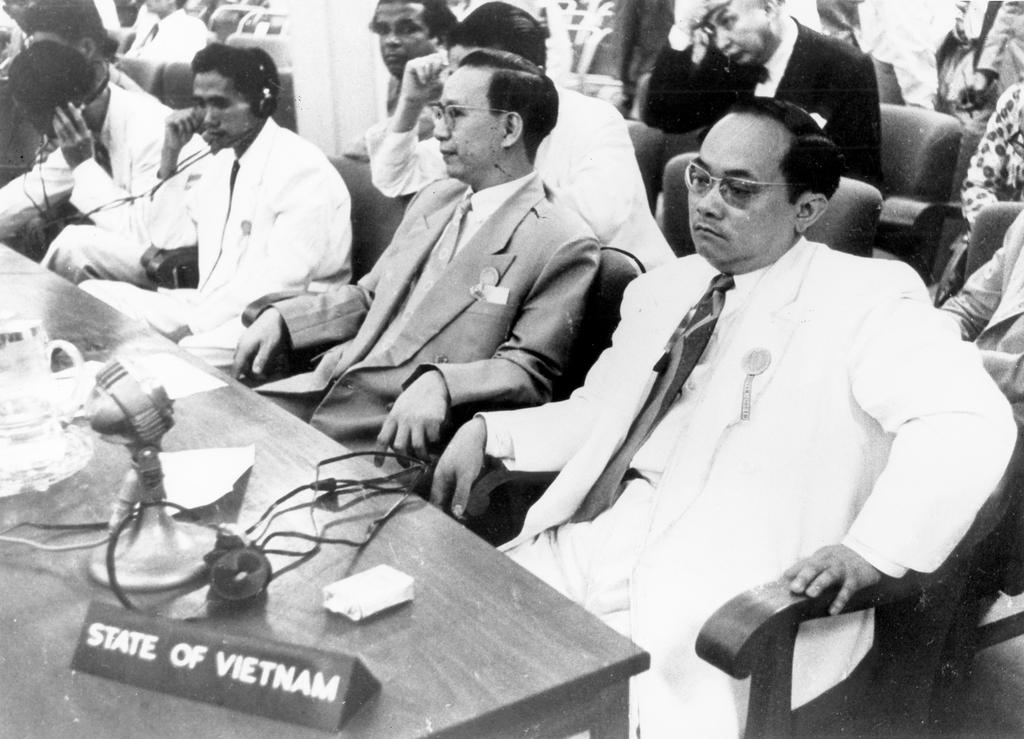 The Vietnamese delegation at the Bandung Conference (18 to 24 April 1955)