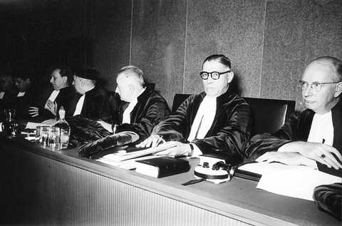 First session of the Court of Justice in the Cercle Municipal (I) (Luxembourg, 28 October 1954)