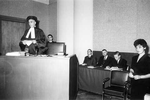 First session of the Court of Justice in the Cercle Municipal (II) (Luxembourg, 28 October 1954)