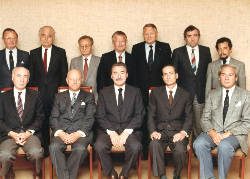 The Members from 18 May 1986 to 17 October 1987