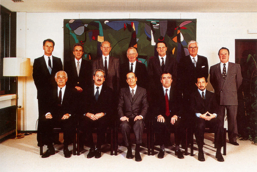 The Members from 21 December 1989 to 20 December 1992