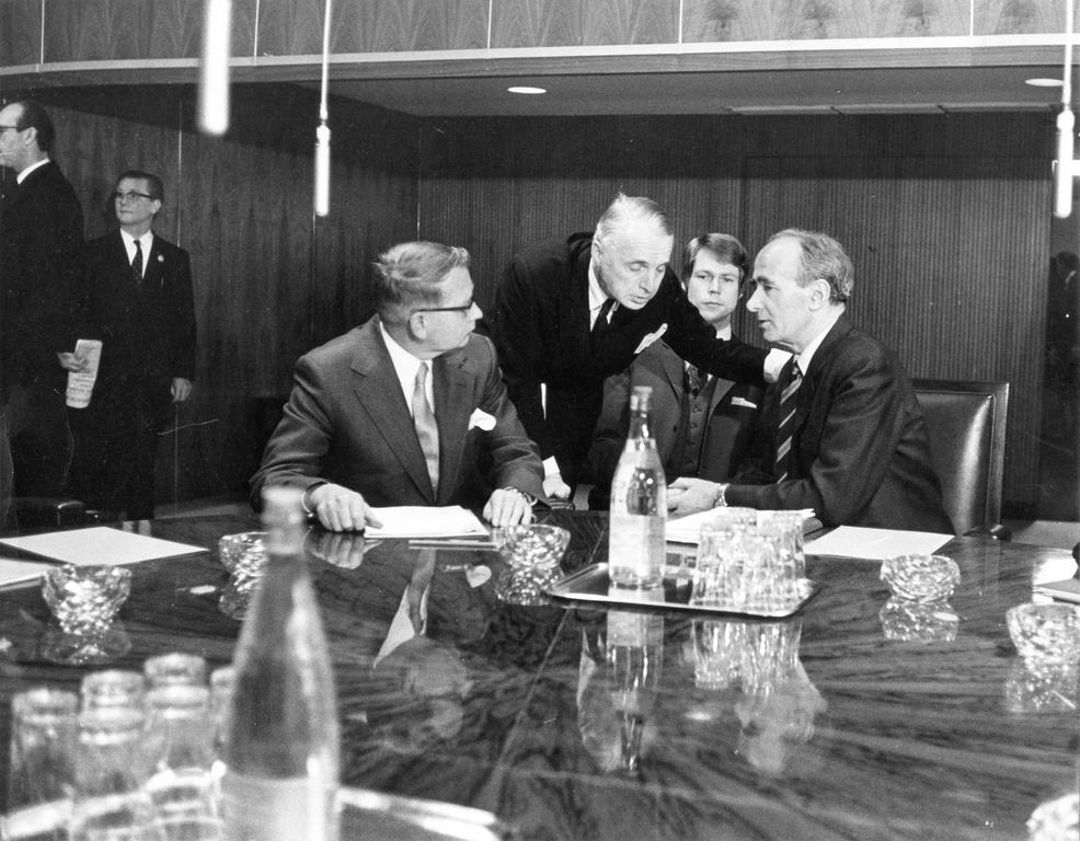 The Norwegian delegation (Brussels, 7 January 1972)