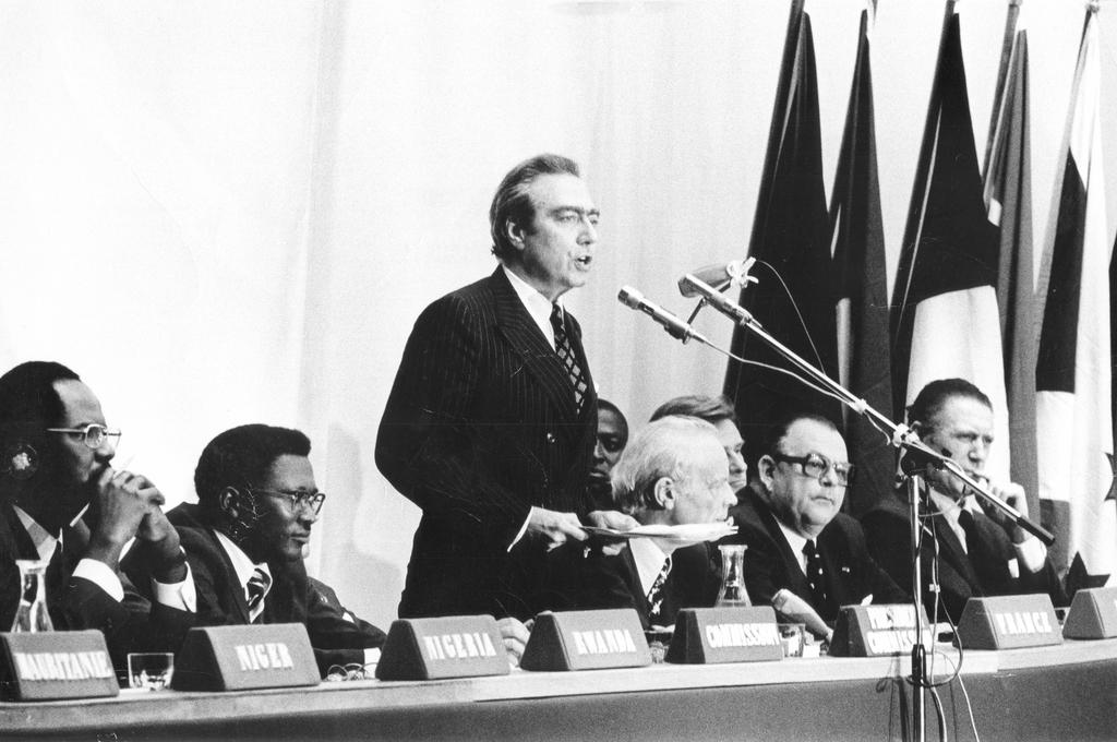 Signing of the first Lomé Convention (28 February 1975)