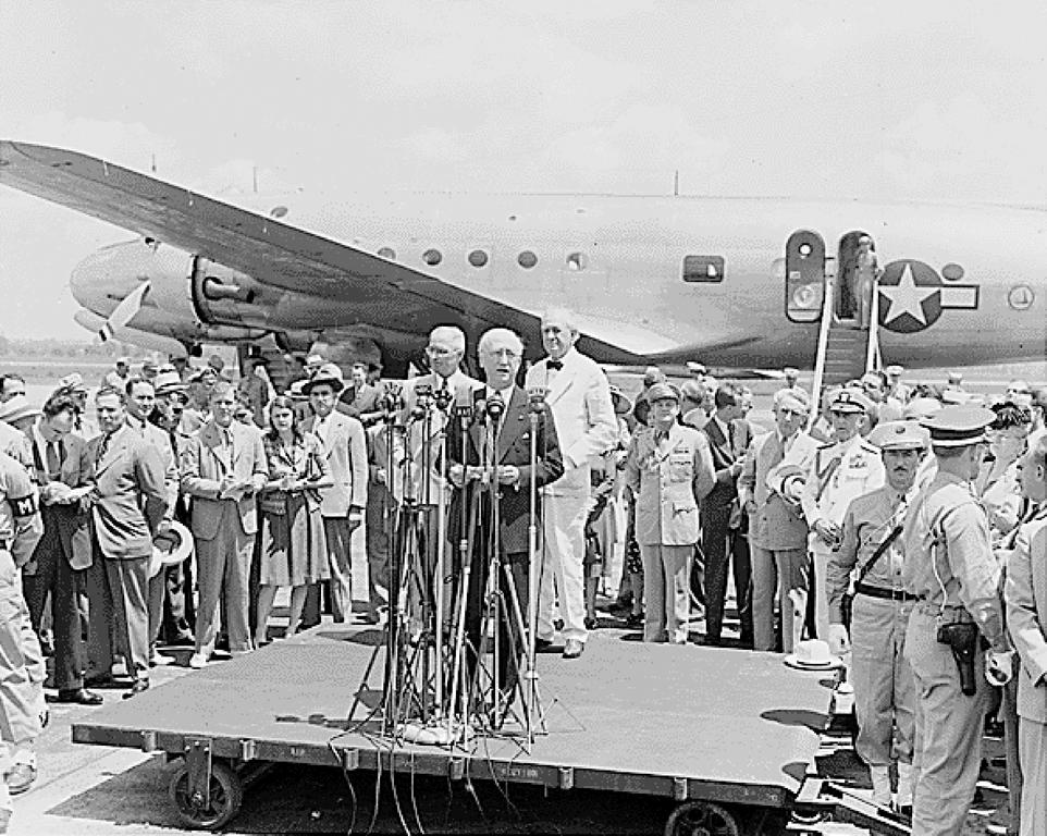 Departure of James Byrnes for the Paris Peace Conference (27 July 1946)