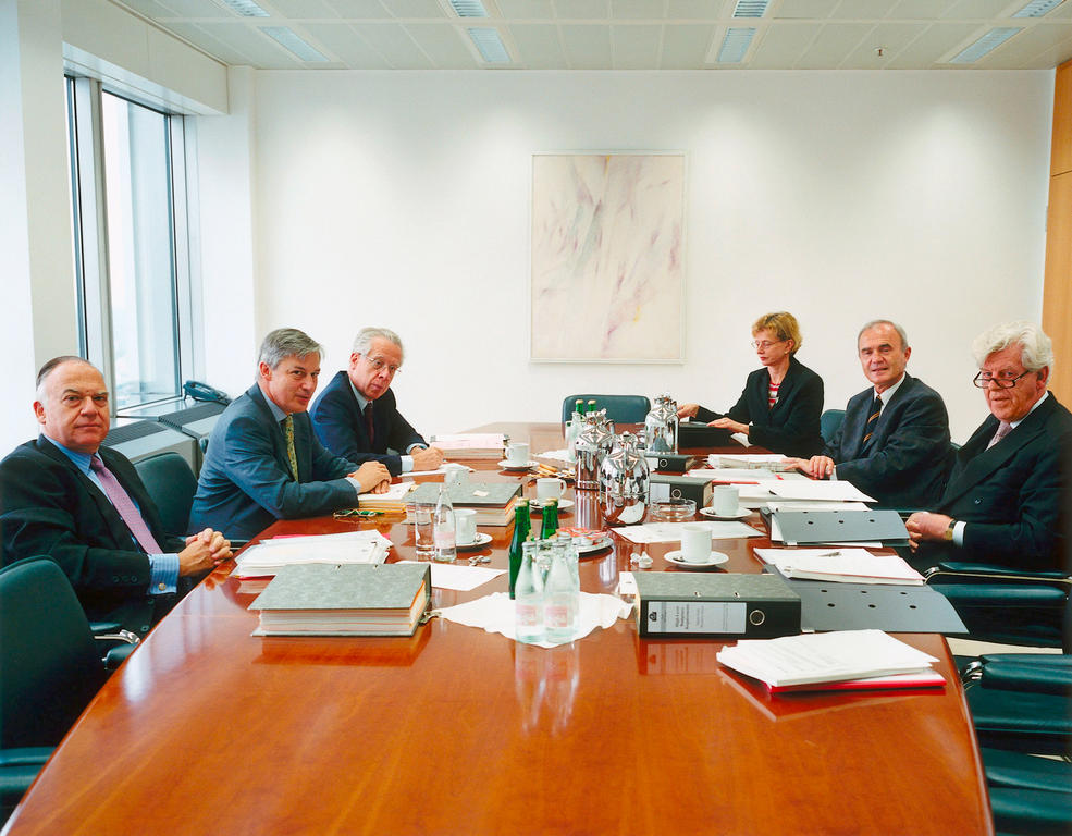 Meeting of the Executive Board of the European Central Bank (2000)
