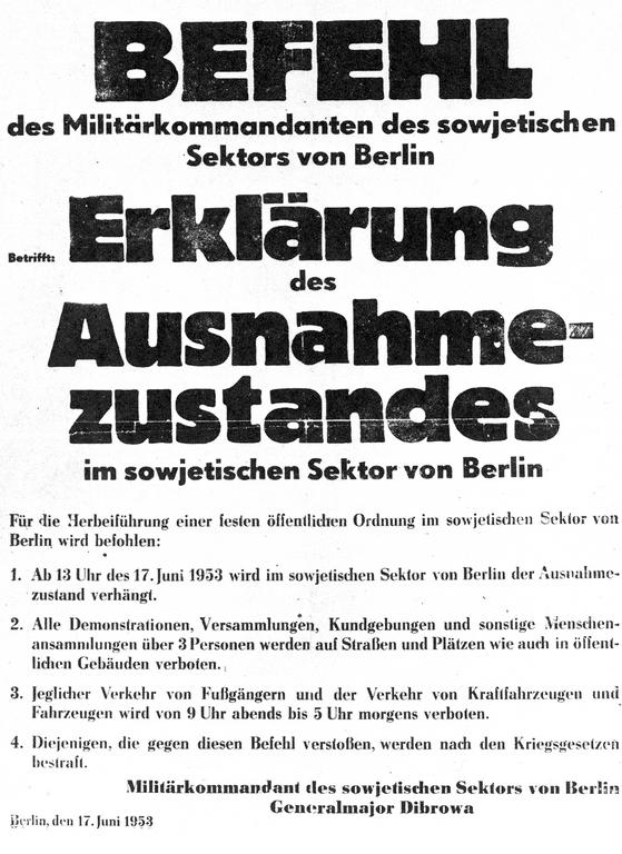 Notice announcing the declaration of a state of emergency in Berlin (17 June 1953)