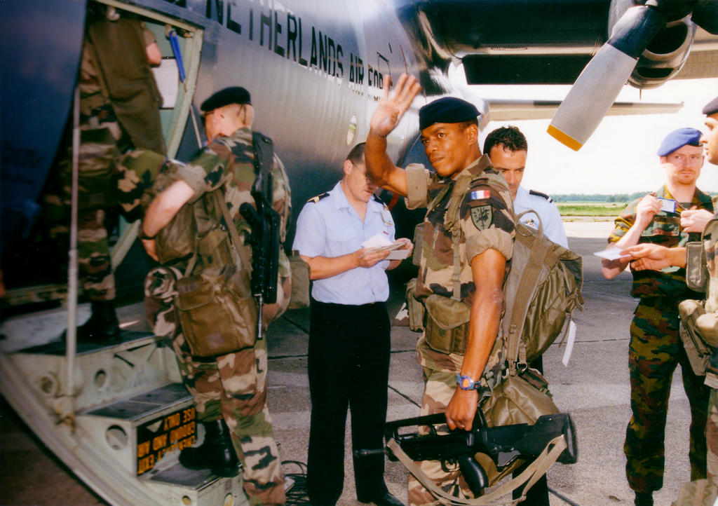 Departure of the first Eurocorps contingent for Bosnia (June 1998)