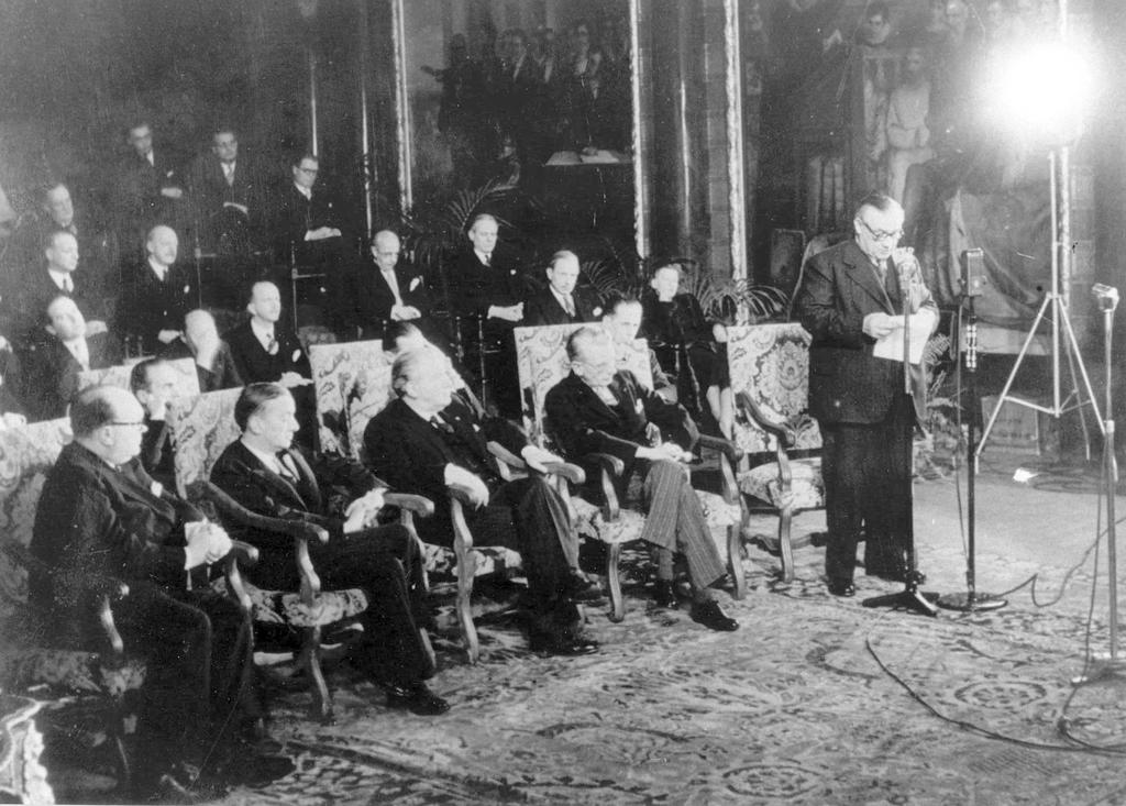 Ceremony for the signing of the Brussels Treaty (17 March 1948)