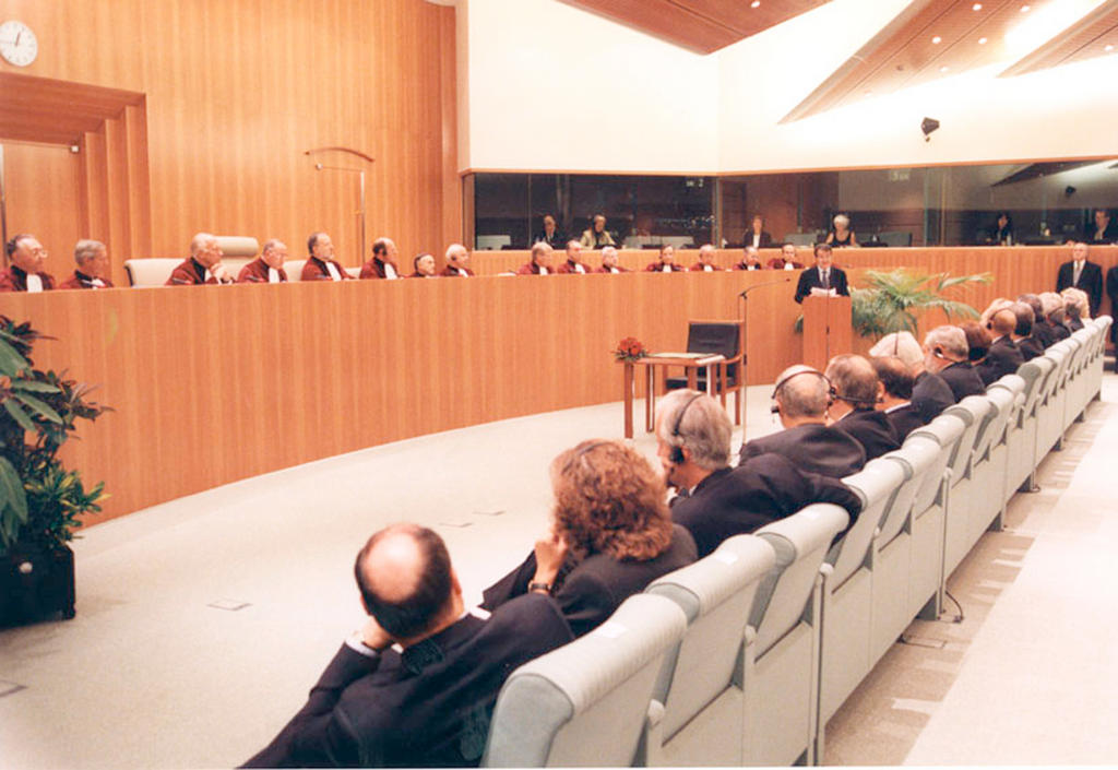 Swearing-in of the Prodi Commission (Luxembourg, 17 September 1999)