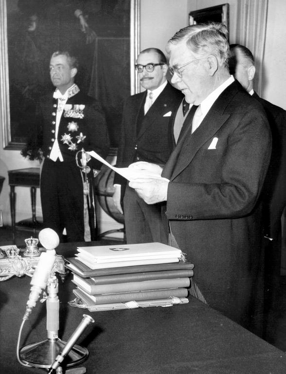 The signing by Sweden of the EFTA Convention (Stockholm, 4 January 1960)