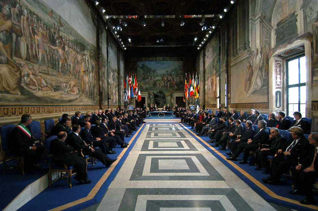 View of the Hall of the Horatii and Curiatii at the signing of the Constitutional Treaty (Rome, 29 October 2004)
