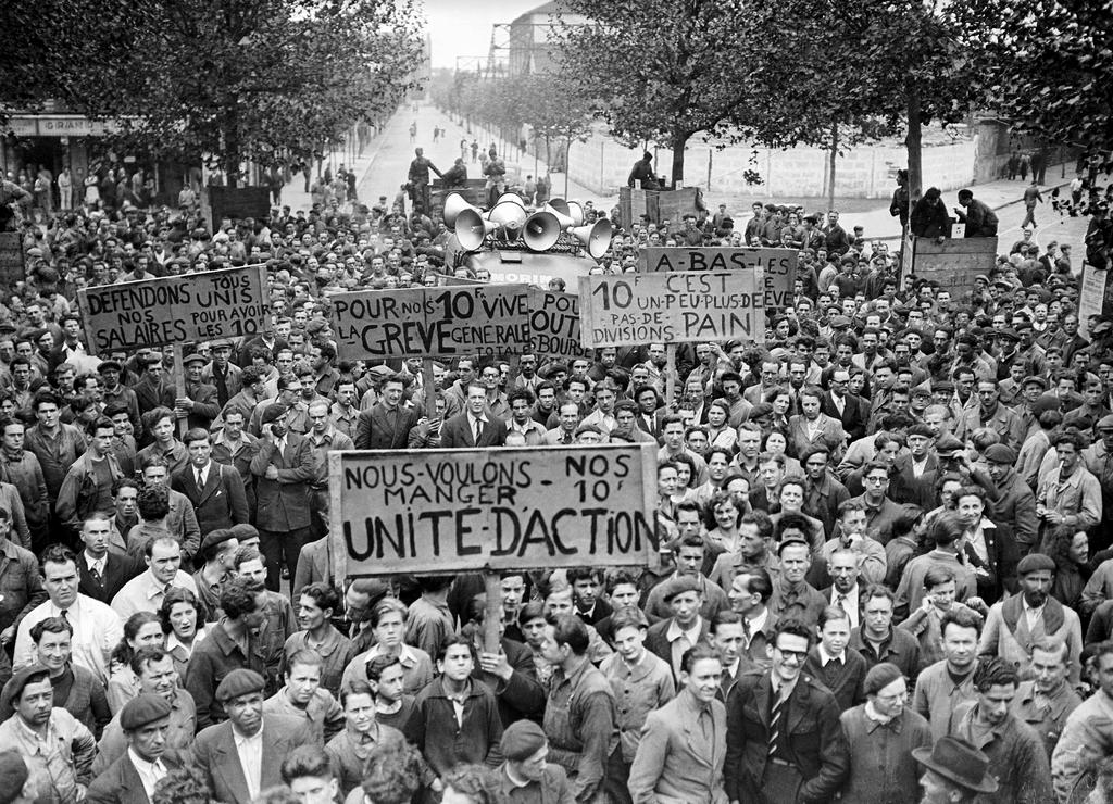 Workers strike at the Renault plant (Boulogne-Billancourt, 1947)