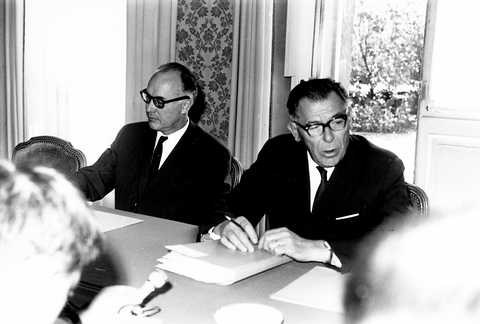 Press conference with Eugène Schaus (1963)