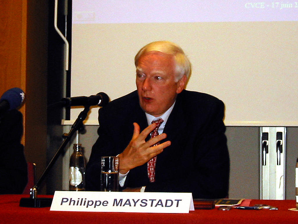 Philippe Maystadt at the conference on 'The role of the EIB in the new Member States of the European Union'