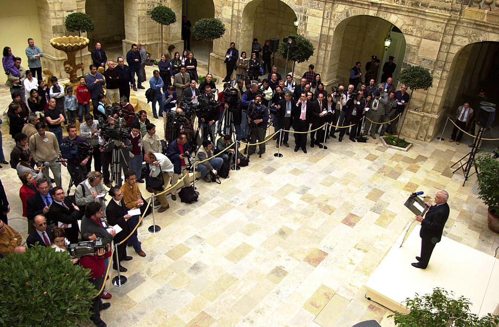 Press conference held by Edward Fenech-Adami (Valletta, 9 March 2003)