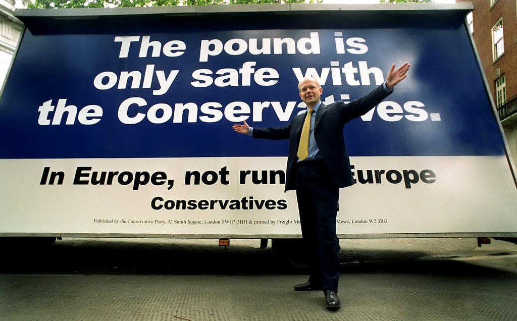 William Hague at the launch of the campaign against the euro in the United Kingdom (London, 8 June 1999)