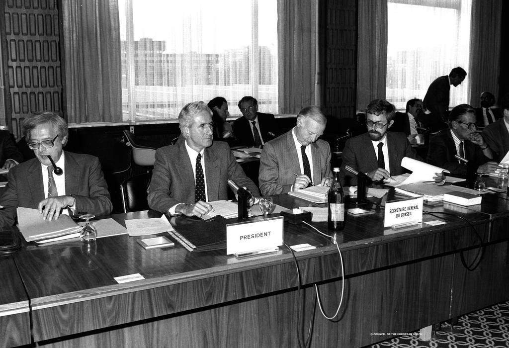 Opening of the 1985 Intergovernmental Conference (Luxembourg, 9 September 1985)