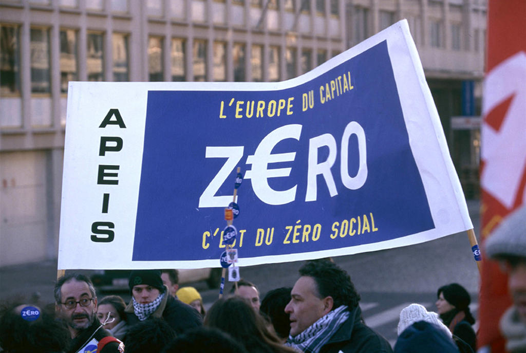 Demonstration during the Laeken European Council in Brussels (14 December 2001)