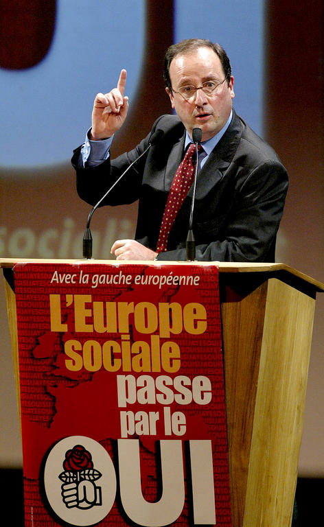 François Hollande expressing his support for the 'Yes' vote (Montluçon, 14 April 2005)