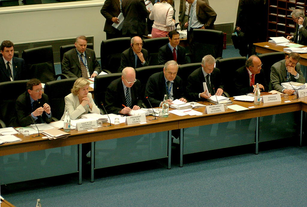 General view of the Presidency of the Justice and Home Affairs Council (Luxembourg, 29 April 2004)