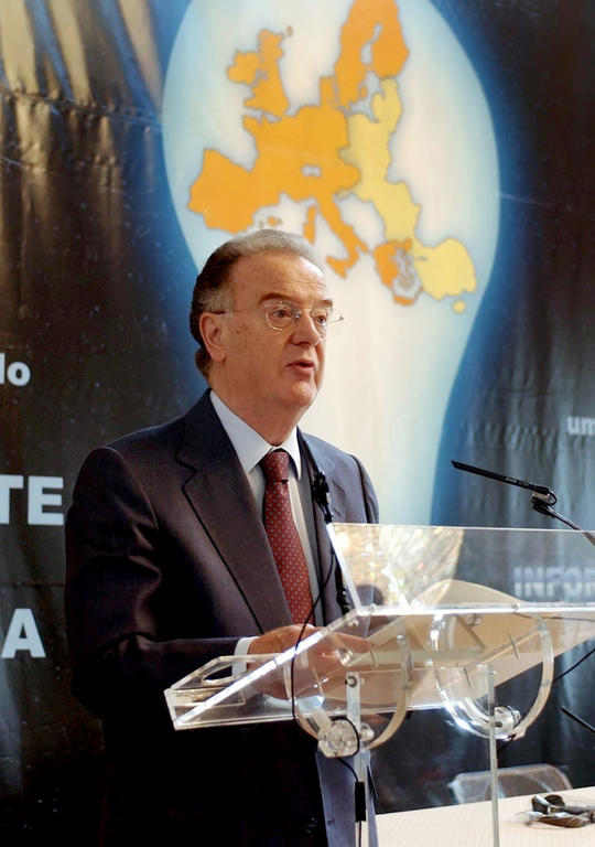Jorge Sampaio at the opening of a conference on Europe (Lisbon, 4 June 2002)