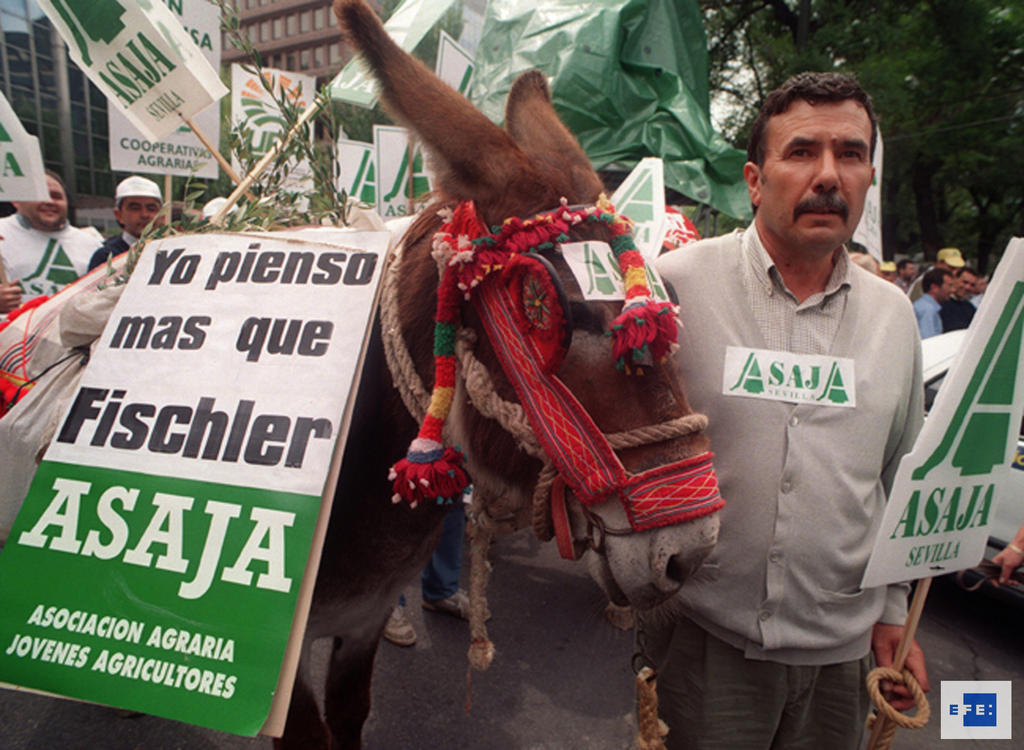 Demonstration against the European Commission's reform of the oils sector (Madrid, 31 May 1997)
