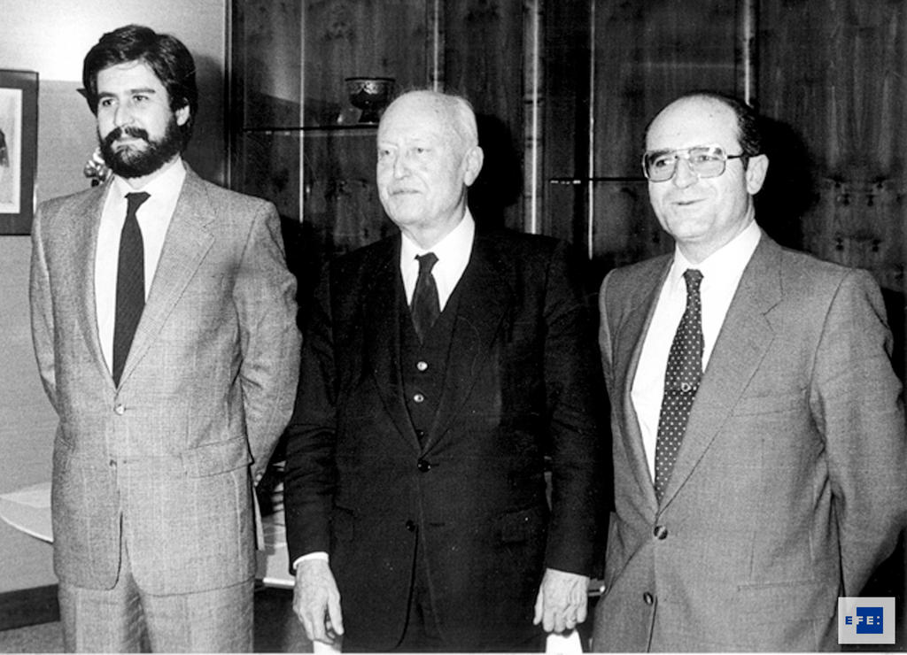 Pierre Pflimlin with Manuel Marín and Abel Matutes (Strasbourg, 14 January 1986)