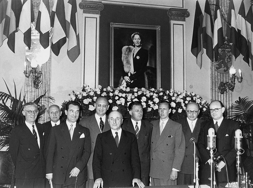 Group photo taken at the inaugural session of the ECSC High Authority (Luxembourg, 10 August 1952)