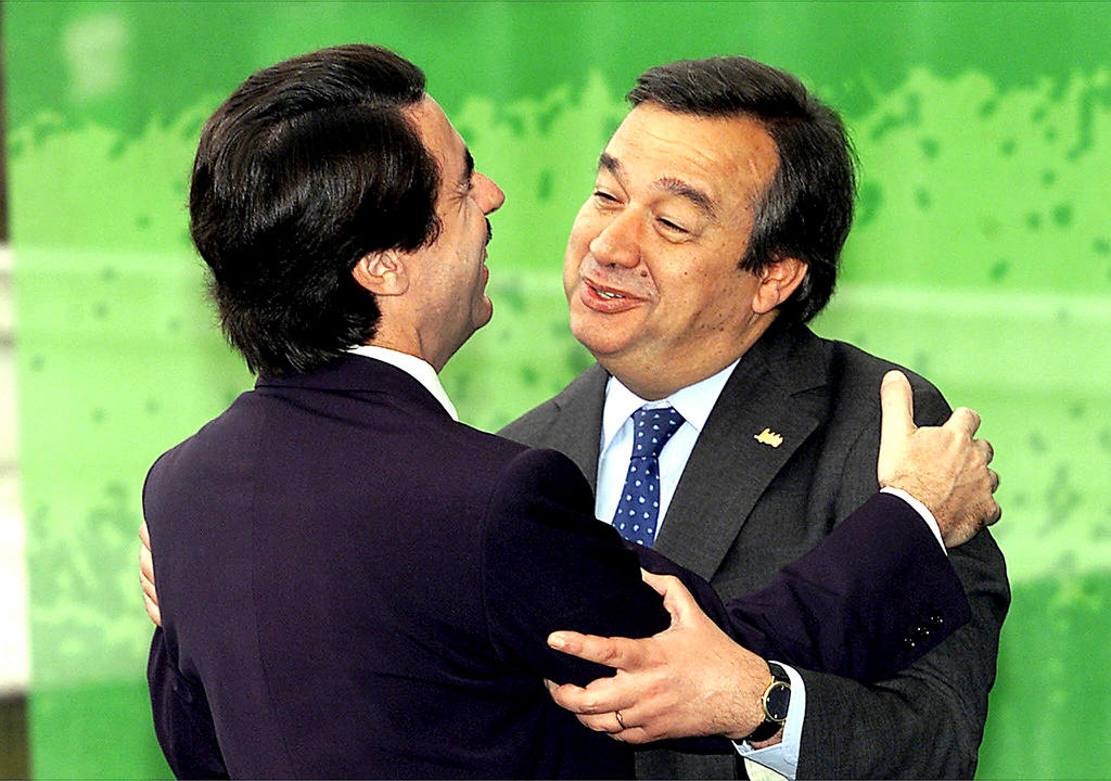 José María Aznar and António Guterres shortly before the Santa Maria da Feira European Council (18 June 2000)