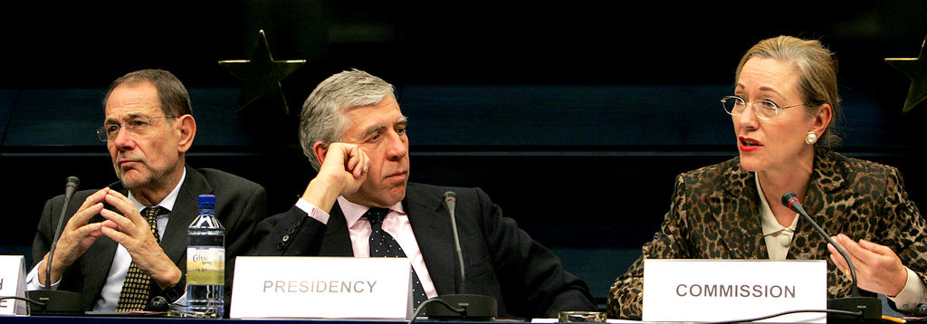 Press conference held by Javier Solana, Jack Straw and Benita Ferrero-Waldner (Brussels, 21 November 2005)
