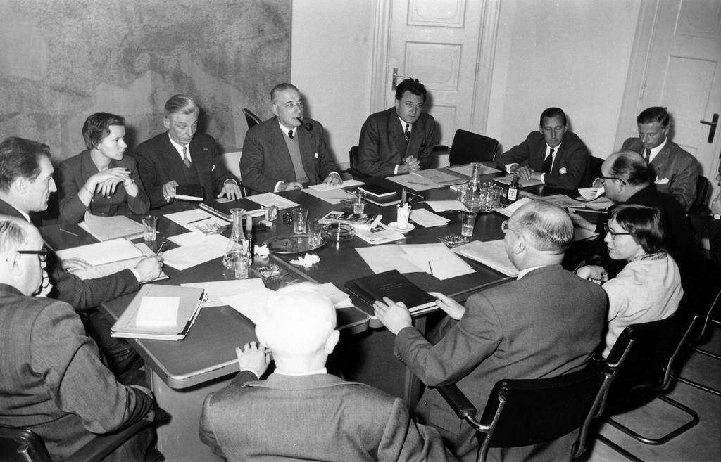 Working meeting of the ECSC High Authority (Luxembourg, 4 February 1957)