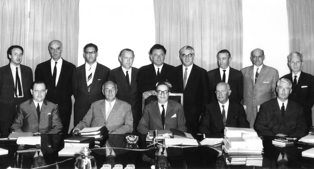 Members of the Rey Commission