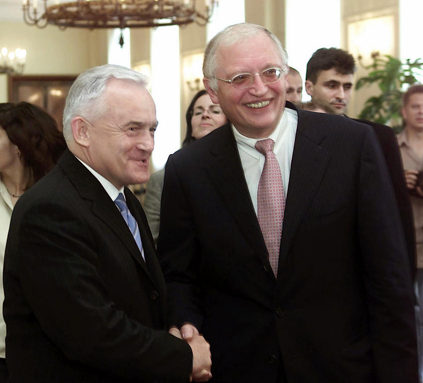 Meeting between Leszek Miller and Günter Verheugen (Warsaw, 11 July 2002)