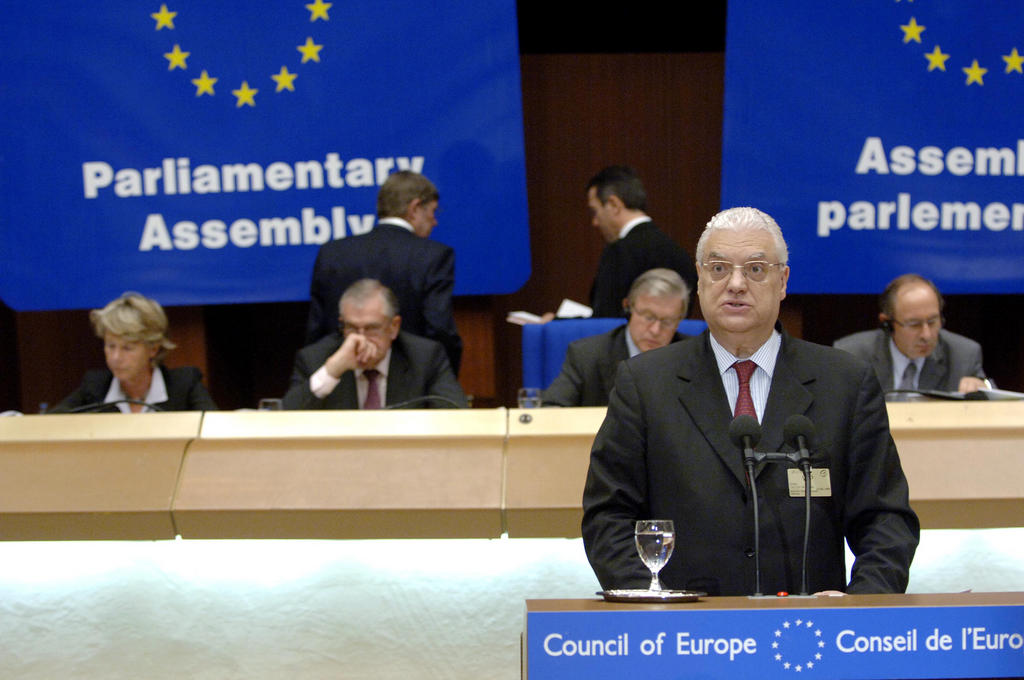 Diego Freitas do Amaral at the Parliamentary Assembly of the Council of Europe (Strasbourg, 22 June 2005)