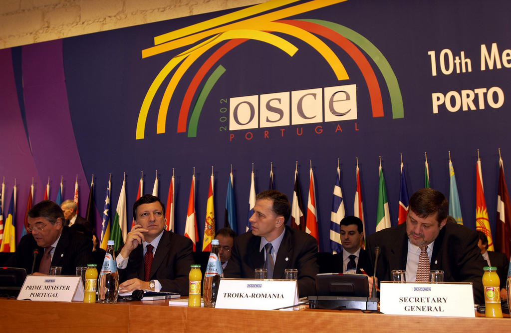 Opening of the OSCE Ministerial Council (Oporto, 6 December 2002)