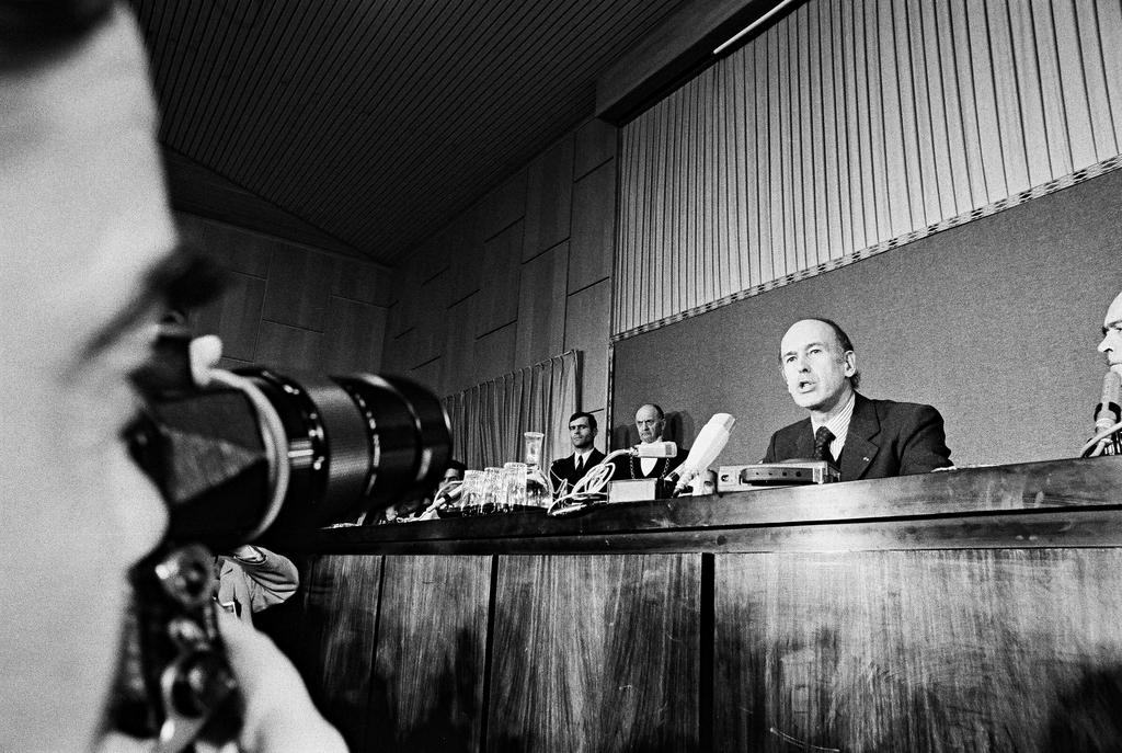 Persconferentie van Valéry Giscard d'Estaing (Parijs, 9 en 10 december 1974)