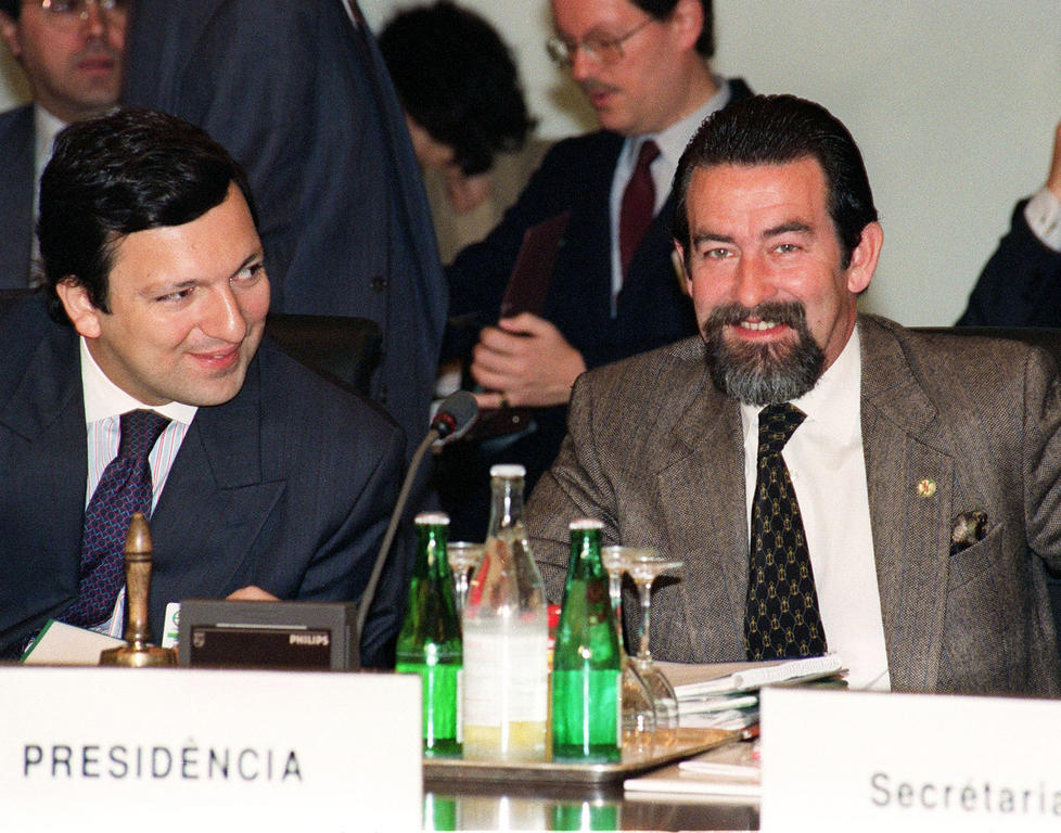 José Manuel Barroso and João de Deus Pinheiro at the Lisbon European Council (17 February 1992)