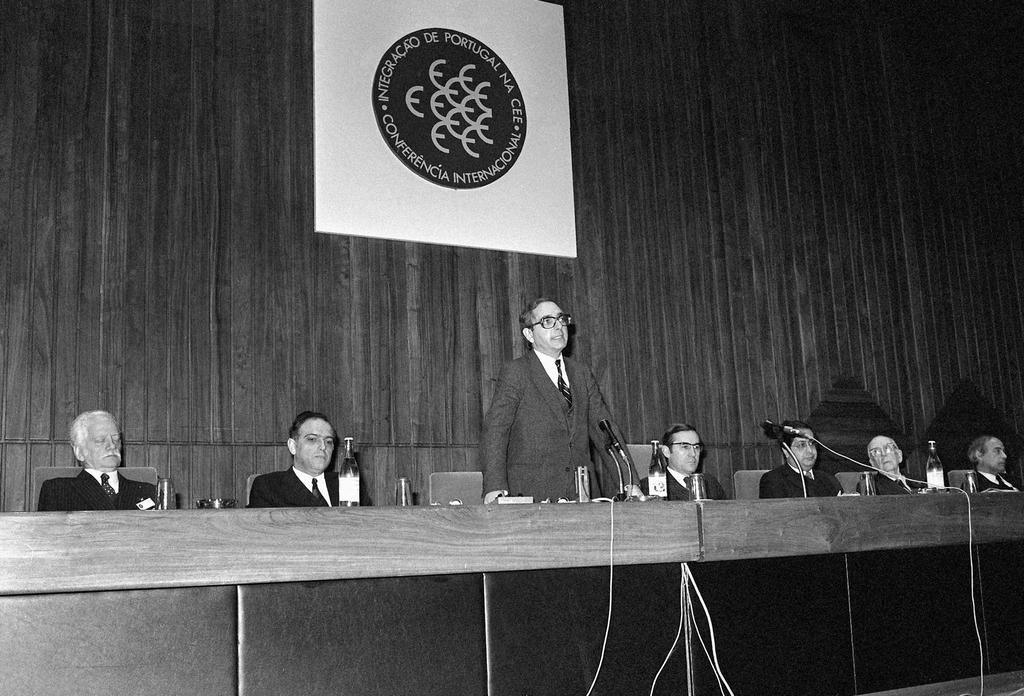 Address given by Rui Machete at the International Conference on the Integration of Portugal into the EEC (4 May 1985)