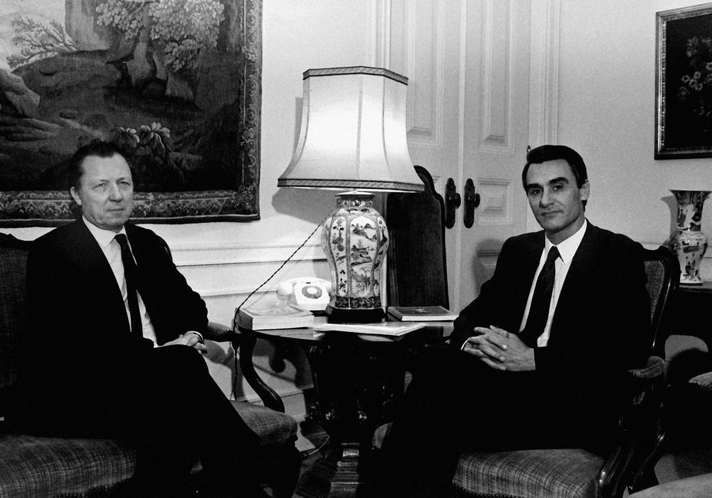Jacques Delors and Aníbal Cavaco Silva (Lisbon, 15 April 1987)