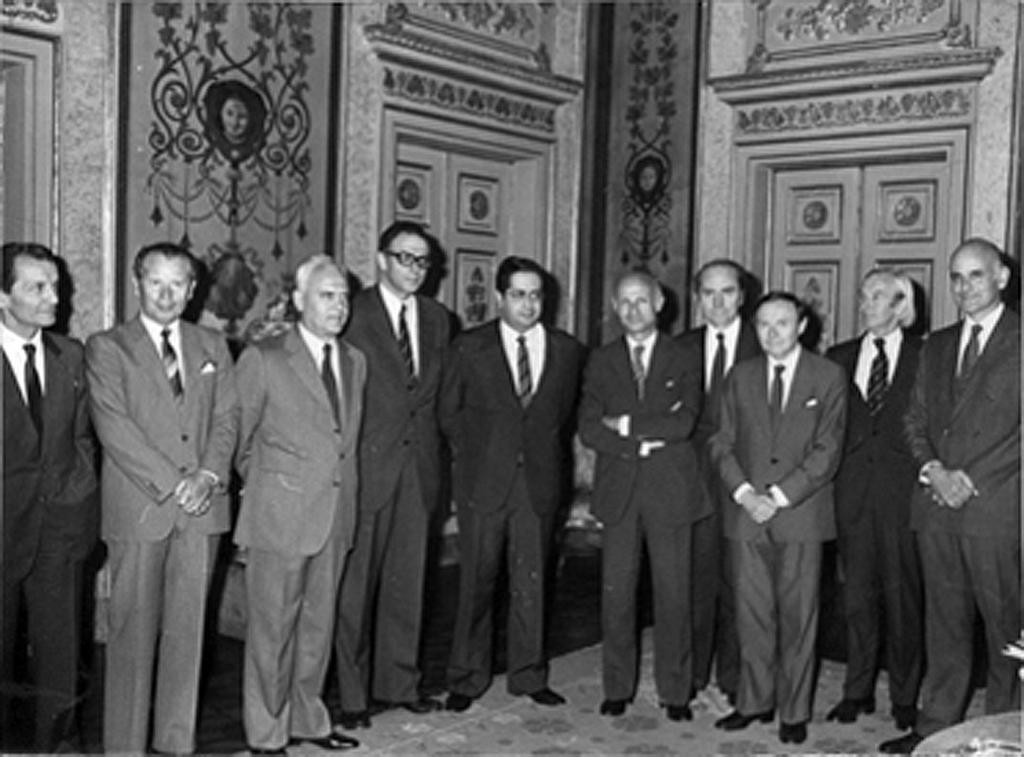 Jaime Gama, Ernâni Lopes and the Ambassadors of the EEC Member States (Lisbon, 1 July 1983)